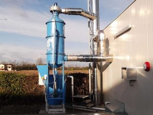 Rauchbehandlungsvorrichtung für Biomassekessel